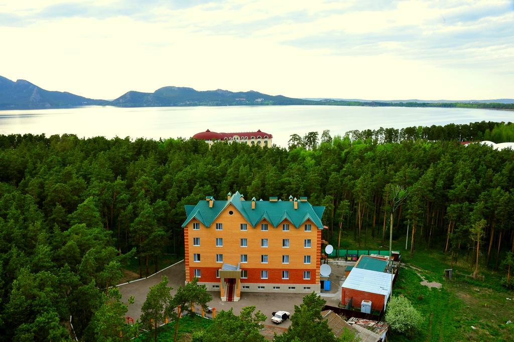 Отель Нурлытау
