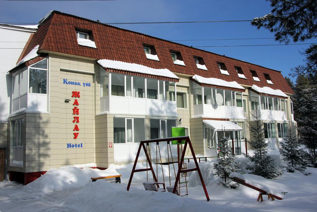 Zhaylau Hotel