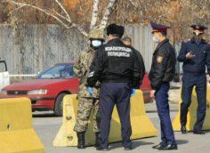 В Алматы сантехник напал с ножом на людей