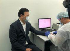 Алексей Цой получил прививку от гриппа