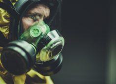 Как правильно носить медицинскую маску зимой?