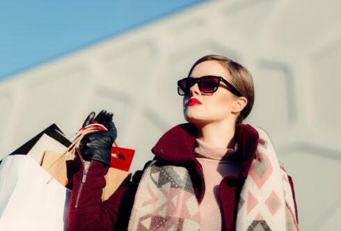 Oversize: как носить и особенности стиля