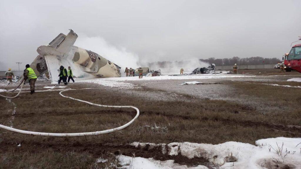 Крушение военного самолета произошло в аэропорту Алматы