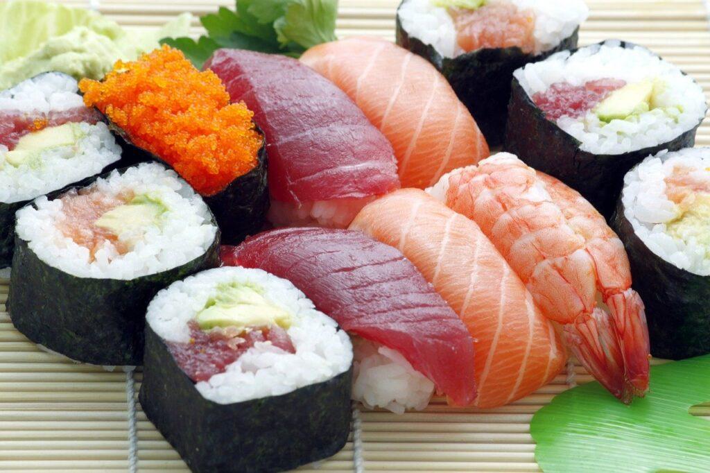 Суши и роллы с доставкой в Нурсултане – меню и обслуживание в сервисе