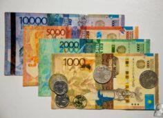 230 829 тенге или $536 — средняя зарплата в Казахстане