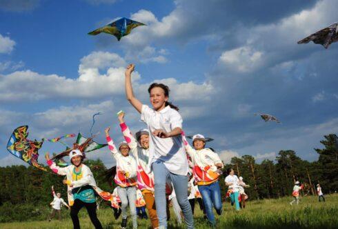 Детей в Казахстане планируют прививать вакциной Pfizer