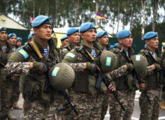 Казахстанские военные прибыли в Кыргызстан на учения «Рубеж-2021»