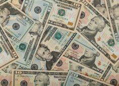 Рейтинг богатейших семей мира — Bloomberg