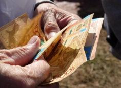 Пенсионеры смогут получать пенсию на Kaspi Gold